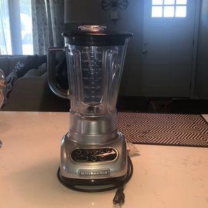 Like new KitchenAid Blender